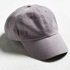 ⟪NWT⟫ UO Solid Curved Brim Baseball Hat - Grey